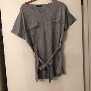 Grey, v-neck, belted, can't find size.